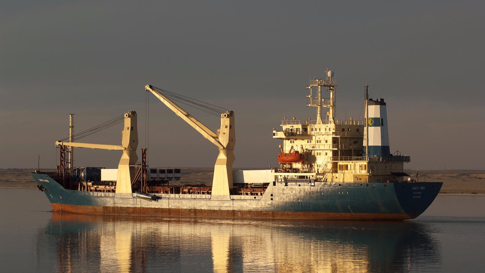 Largest Cargo Ship >> Suez Canal Transit